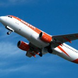 easyJet Launches Apple Pay Integration: Book & Pay For Flights in CHF With a Digital Fingerprint