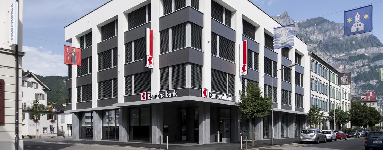Glarner Kantonalbank eröffnet Kreditfabrik, hypomat.ch wird für Hypotheken-Laufzeiten bis 15 Jahre ausgeweitet