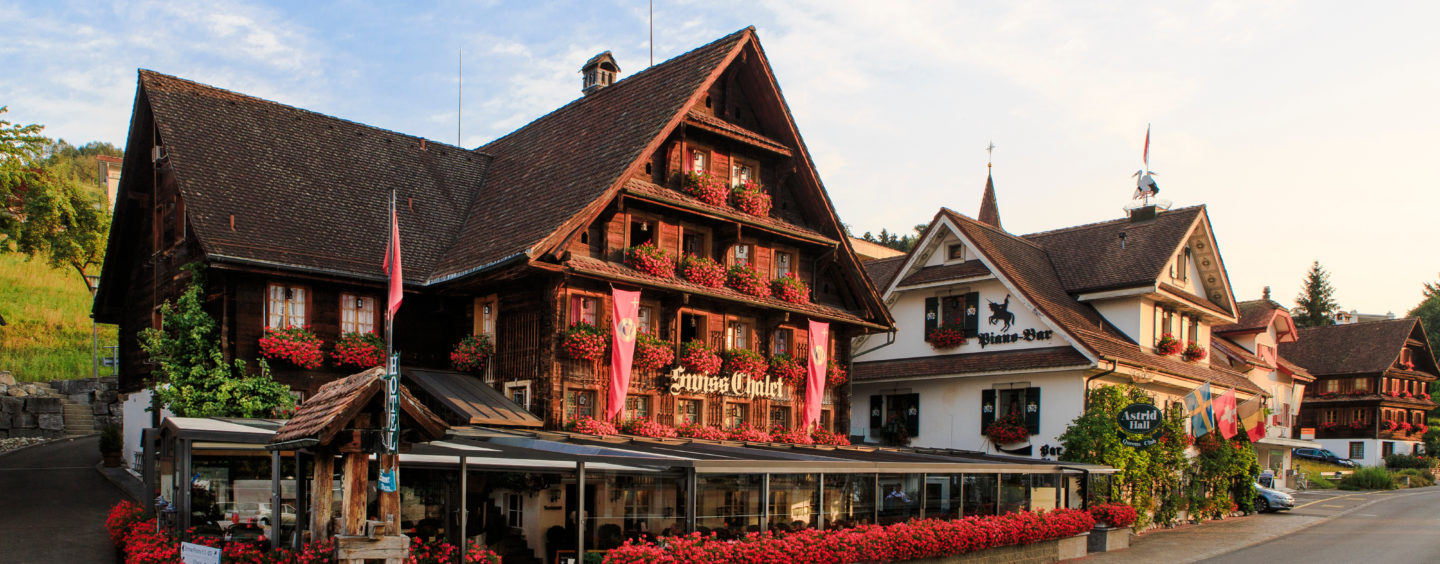 Swiss-Chalet  to Accept Bitcoin and Ether