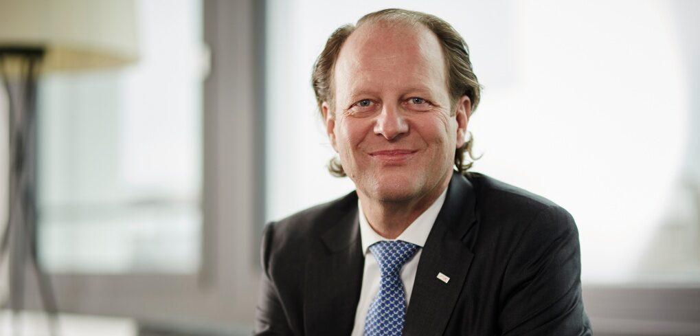 Blockchain Securities - Jos Dijsselhof, CEO of SIX.