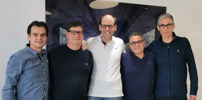AXA Beteiligt sich an den Startups Accounto und Swibeco