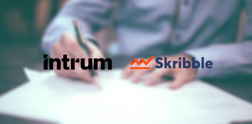 Intrum und Skribble gehen Strategische Partnerschaft ein